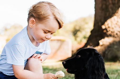 En fotos: el príncipe Jorge en su tercer cumpleaños