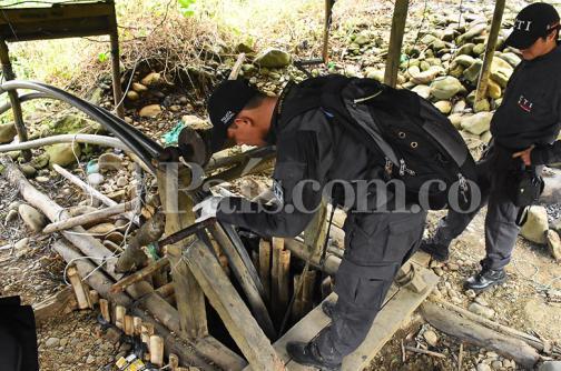 En imágenes: así fue el operativo contra la minería ilegal en la vía al mar