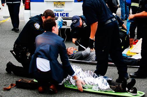 En imágenes: las labores de recate tras aparatoso choque en Nueva Jersey, EE.UU.