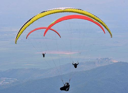 Galería: Así se pinta de colores el cielo de Roldanillo con el Campeonato Nacional de Parapente