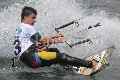 En la Lente: Kiteboarding, un éxito en el Lago Calima