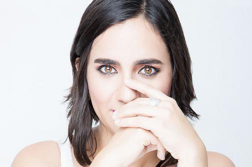 Video: Marta Gómez, la caleña que enamora con su música del mundo