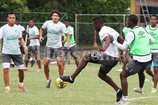 Deportivo Cali refina su estrategia para visitar al Deportes Tolima