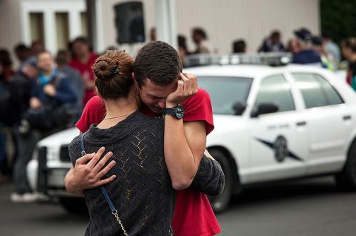 Video: dos muertos y varios heridos deja tiroteo en secundaria de EE.UU.