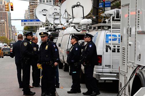 Video: policías de Nueva York se recuperan tras ataque con hacha