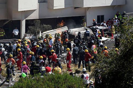 Video: explota camión cisterna frente a un hospital infantil