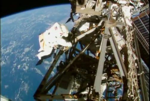 En vídeo: la Nasa termina con éxito su tercera salida orbital