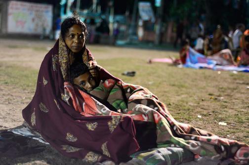 En video: sobrevivientes afrontan difícil situación tras terremoto en Nepal