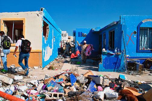 Caos y destrucción tras paso de tornado en México
