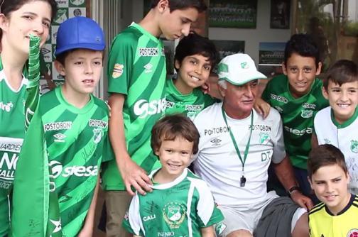'Pecoso' Castro, el ídolo de grandes y chicos en el Deportivo Cali