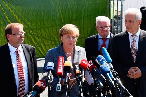 En video: con abucheos fue recibida la canciller Ángela Merkel