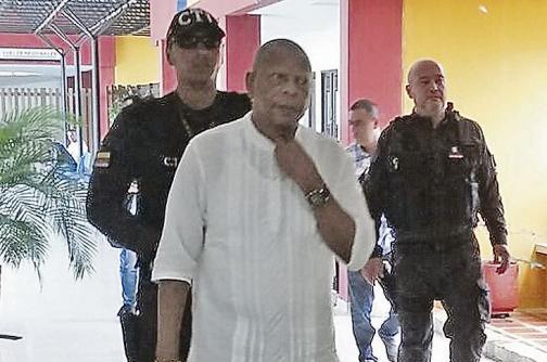 En video: traslado del alcalde de Buenaventura a la audiencia de imputación de cargos