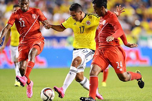¿Quiénes deben ser los delanteros de la selección Colombia?