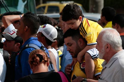 Los hinchas de la selección Colombia palpitan el duelo ante Perú