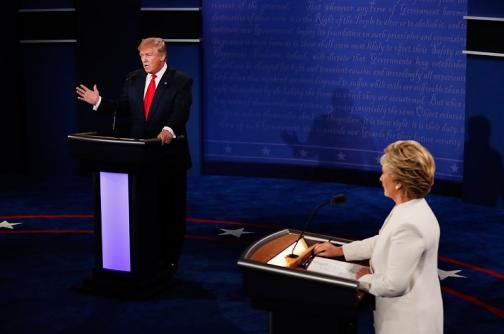 En video: los momentos clave del último debate entre Trump y Clinton