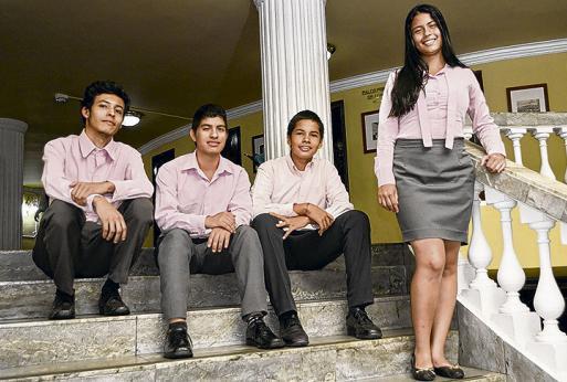 Conozca a los jóvenes que se convirtieron en 'guardianes del patrimonio' caleño