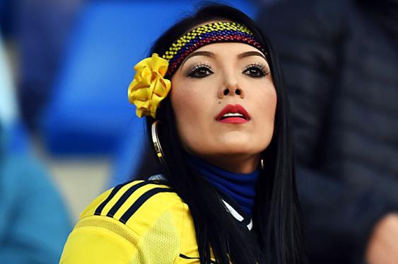 Hinchas tricolor invaden Viña del Mar para apoyar a la selección Colombia
