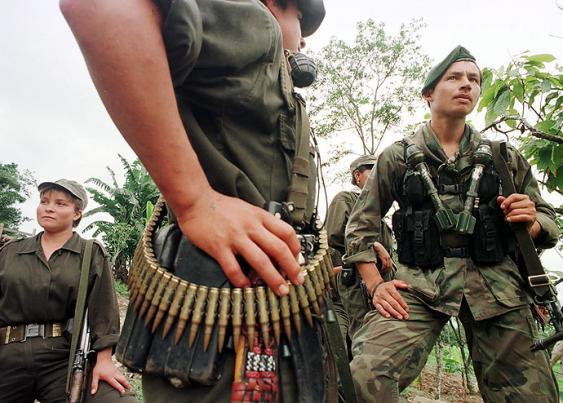 Según los expertos, la concentración de los exguerrilleros, una vez se firme el acuerdo con las Farc, no debe generar espacios vedados para la Fuerza Pública. Foto: Elpais.com.co  Archivo