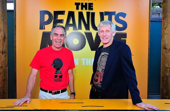 Craig Schulz (derecha) junto al director Steve Martino.<br>Elpaís.com.co l AFP