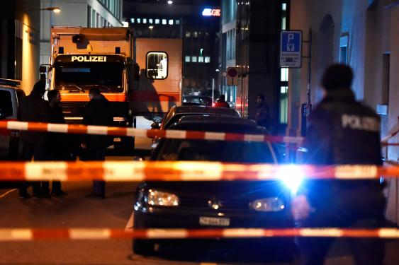 Tres heridos en tiroteo en centro de oración musulmán en Zúrich