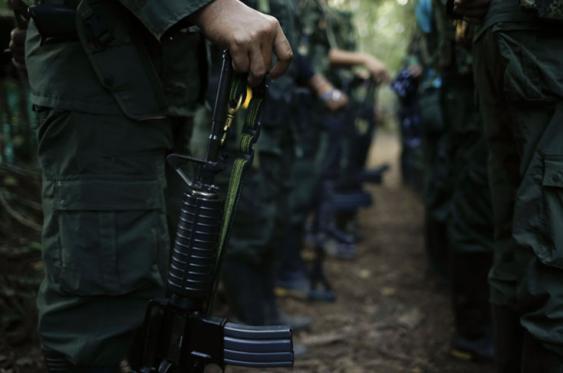Entre 200 y 300 integrantes de las Farc estima el Gobierno desertarían para dedicarse a la delincuencia. Foto: Elpais.com.co | Colprensa