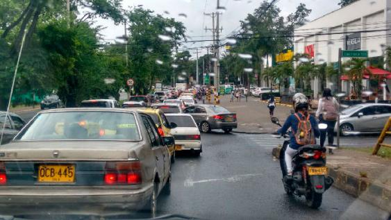 Congestión en la zona sur de la ciudad. <br>Bernado Pena/ El País