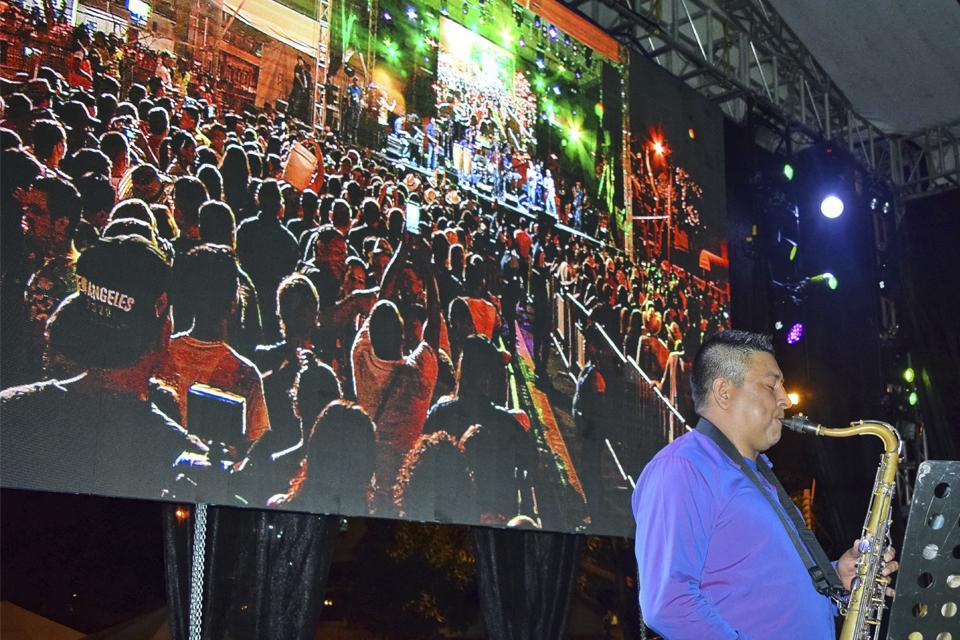 En video: caleños se despidieron de la Feria de Cali al ritmo de Andy Montañez - elpais.com.co