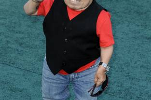 Falleció el actor Verne Troyer, famoso por su papel 'Mini-me'