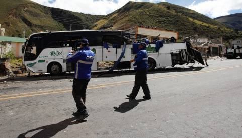 Cancillería confirma 19 colombianos fallecidos por accidente de bus en Ecuador