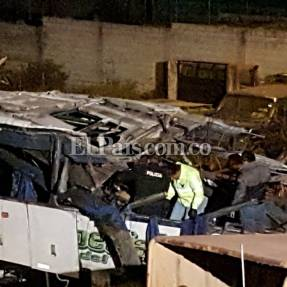 Video: marihuana hallada en bus accidentado está valorada en 1,7 millones de dólares