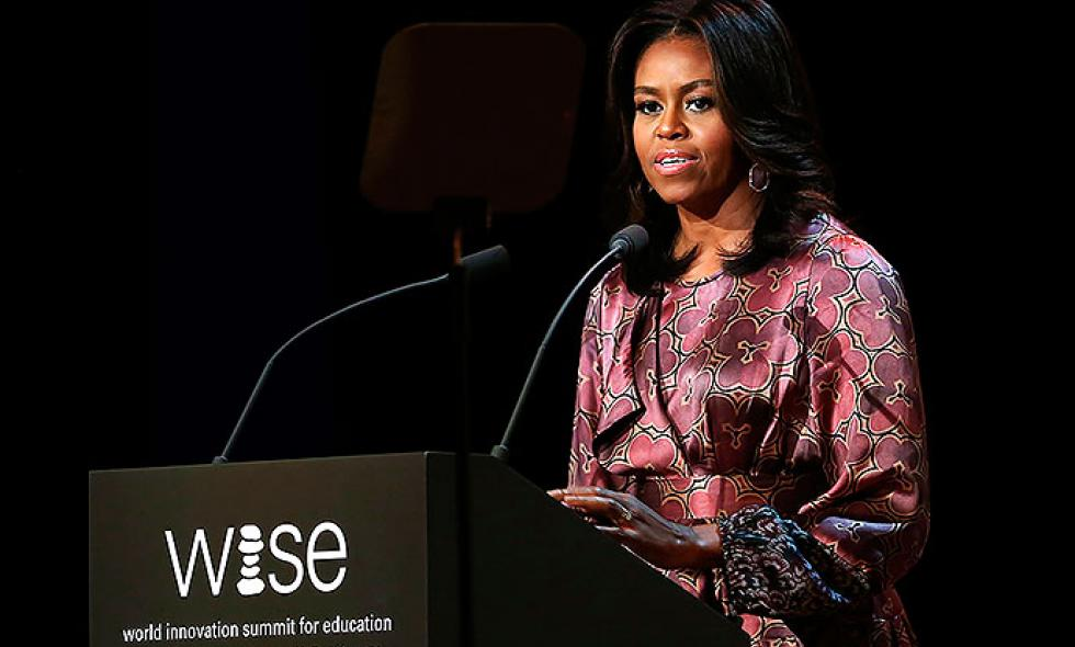 Michelle Obama pide en Catar un diálogo