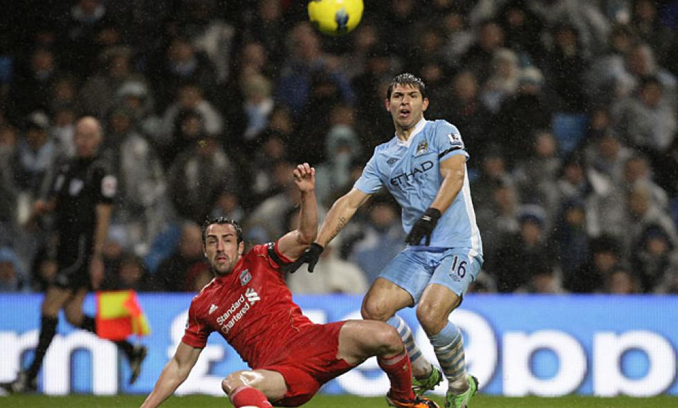 Manchester City tumbó 3-0 a Liverpool en 'Premier League'