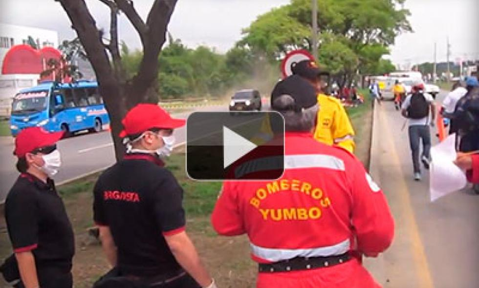 Video: Bomberos realizaron simulacro de accidentes en la vía Yumbo