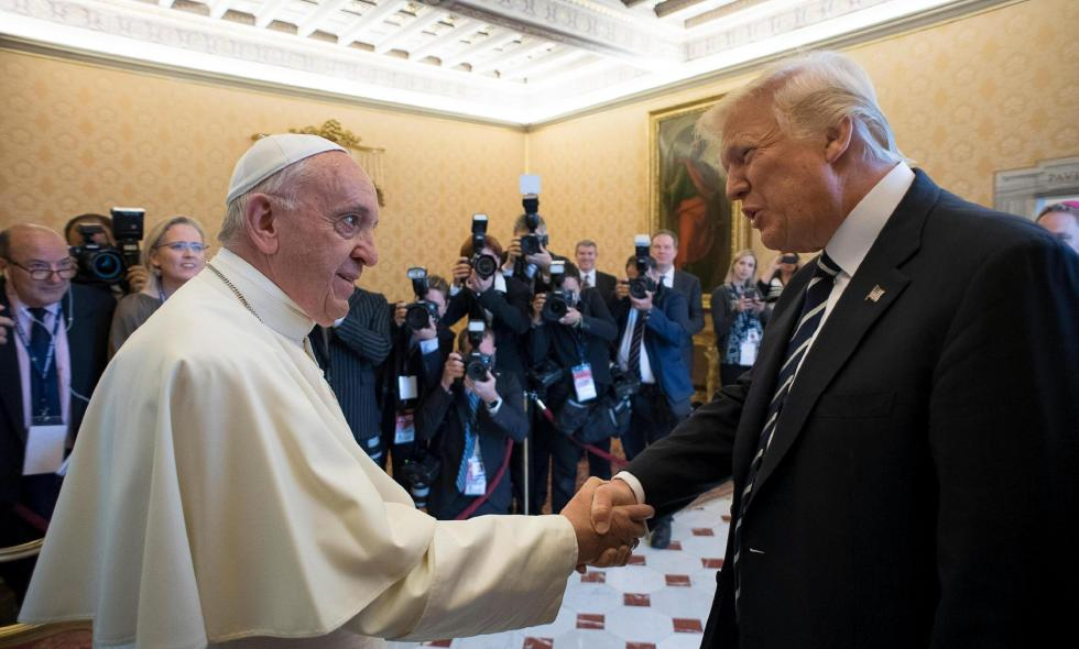Trump con Papa Francisco