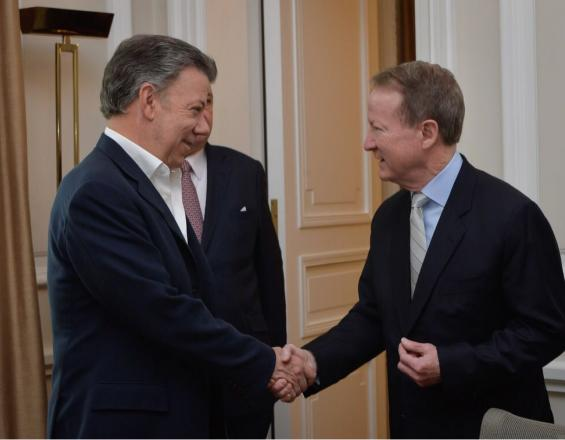 Juan Manuel Santos y William Brownfield