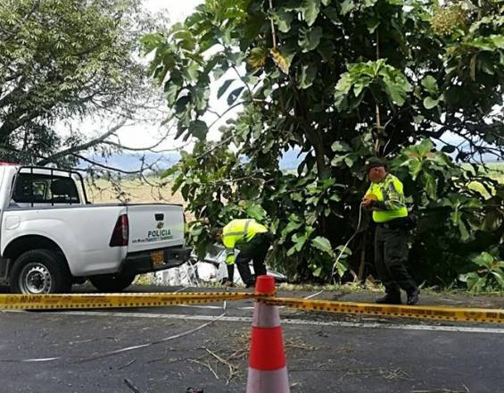 Accidente de tránsito en vía a Bugalagrande