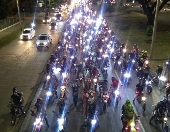Movilización de motos en Cali
