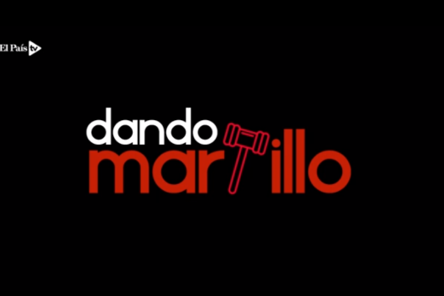 Dando martillo.