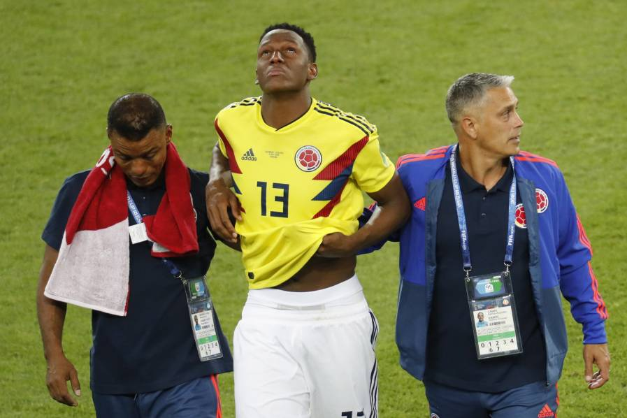 Salida de Yerry Mina del estadio