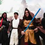 En video: La universidad que se 'viste' de Star Wars para batir Récord Guinness