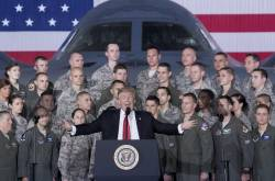 Donald Trump en la base militar de Andrews a las afueras de Washington.