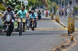 Carriles preferenciales para motos en Cali